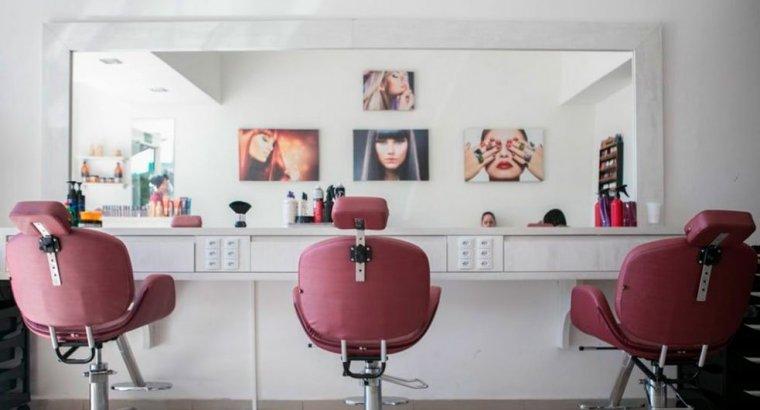Material para peluquería y salones de belleza